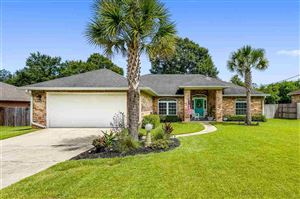 Photo of 316 TWISTED OAK DR, CANTONMENT, FL 32533 (MLS # 563478)