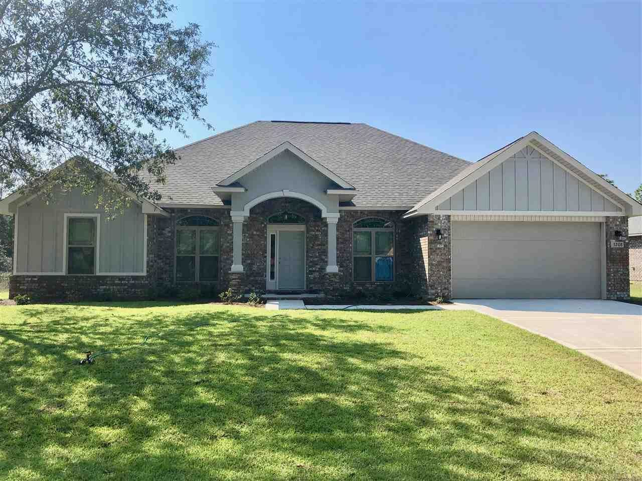 Photo for 3208 OXMORE DR, CRESTVIEW, FL 32539 (MLS # 548619)