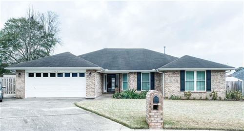 Photo of 11841 OLD COURSE RD, CANTONMENT, FL 32533 (MLS # 567727)