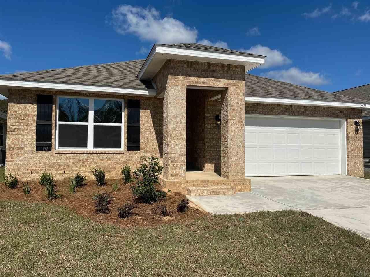 Photo for 5673 GUINEVERE LN, MILTON, FL 32583 (MLS # 578760)