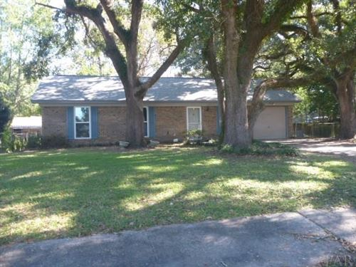 Photo of 7017 REDONDO DR, PENSACOLA, FL 32526 (MLS # 563823)