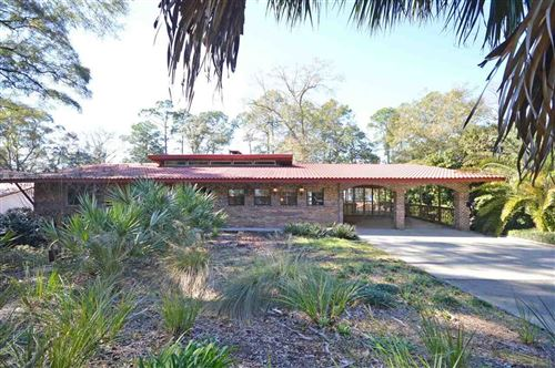 Photo of 7640 LAKESIDE DR, MILTON, FL 32583 (MLS # 567902)