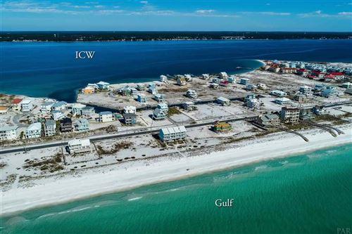 Photo of 7407 GRAND NAVARRE BLVD, NAVARRE, FL 32566 (MLS # 572925)