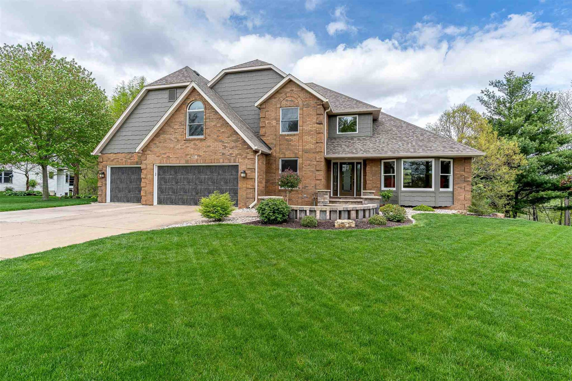 991 CARRIAGE PLACE Drive, Bettendorf, IA 52722 - MLS#: QC4221246