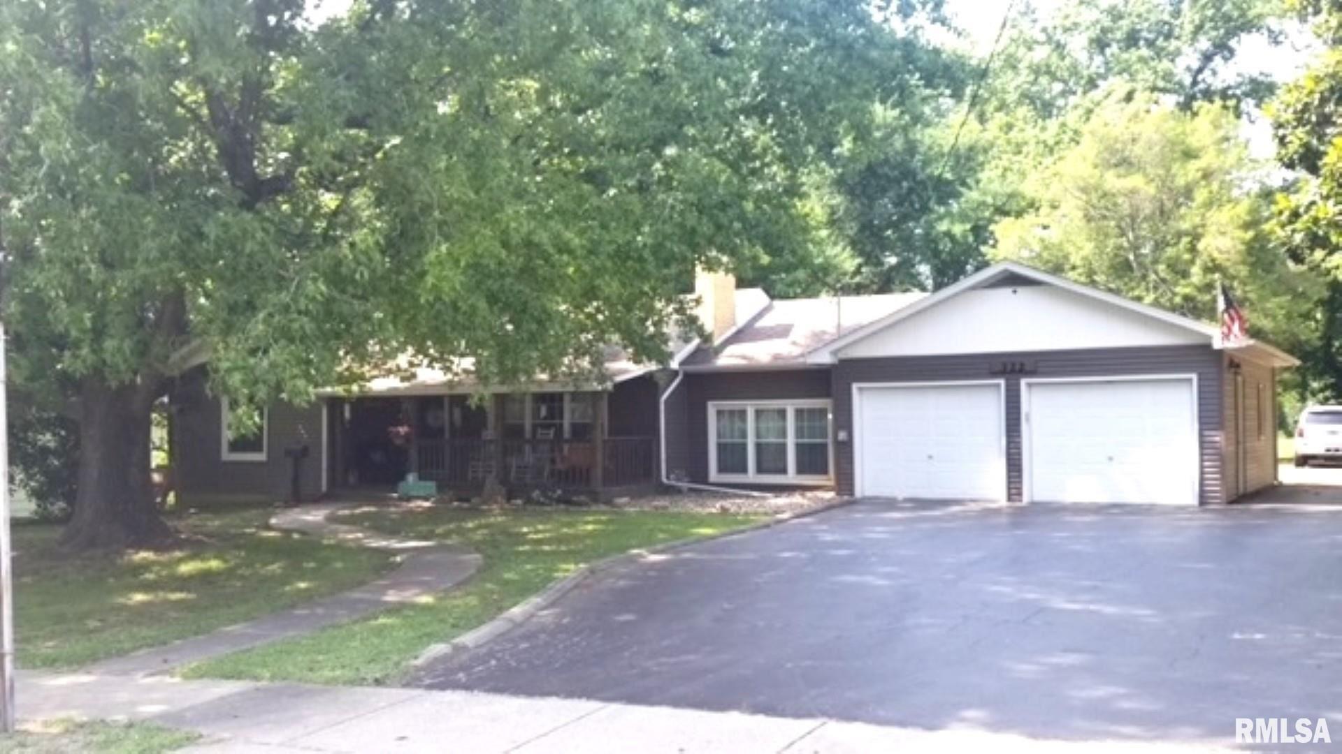322 E GRAND, Carterville, IL 62918 - MLS#: EB440418