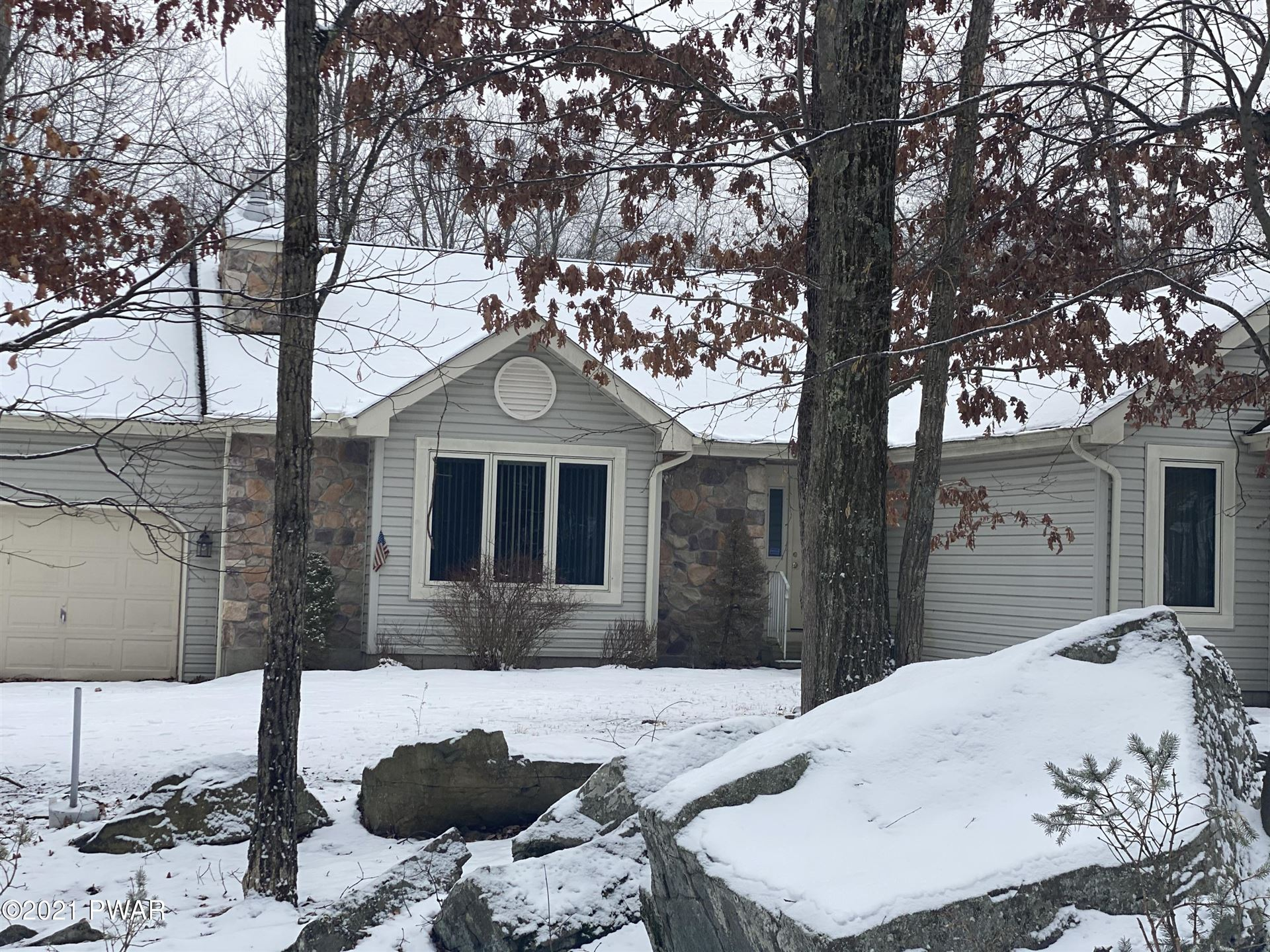 Photo of 151 Willow Dr, Lords Valley, PA 18428 (MLS # 21-99)