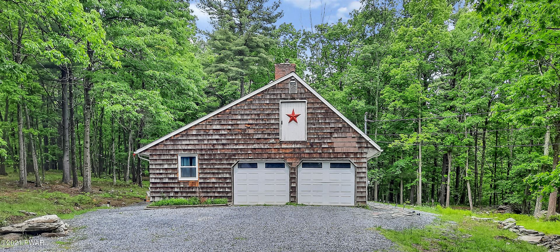 Photo of 19 Ruffed Grouse Dr, Lakeville, PA 18438 (MLS # 21-2002)