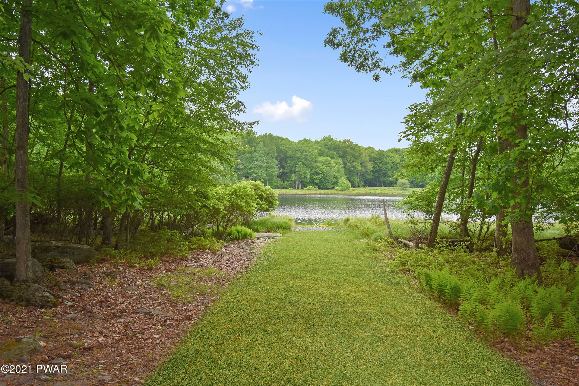 Photo of 131 High Meadow Dr, Milford, PA 18337 (MLS # 21-2037)