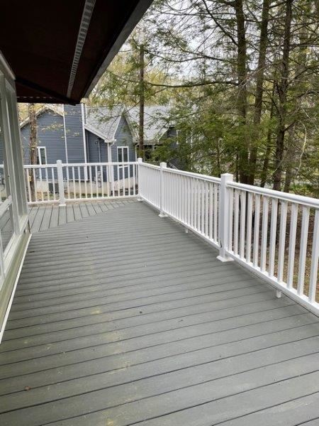 Photo of 807 Tanager Ct, Lords Valley, PA 18428 (MLS # 21-1054)