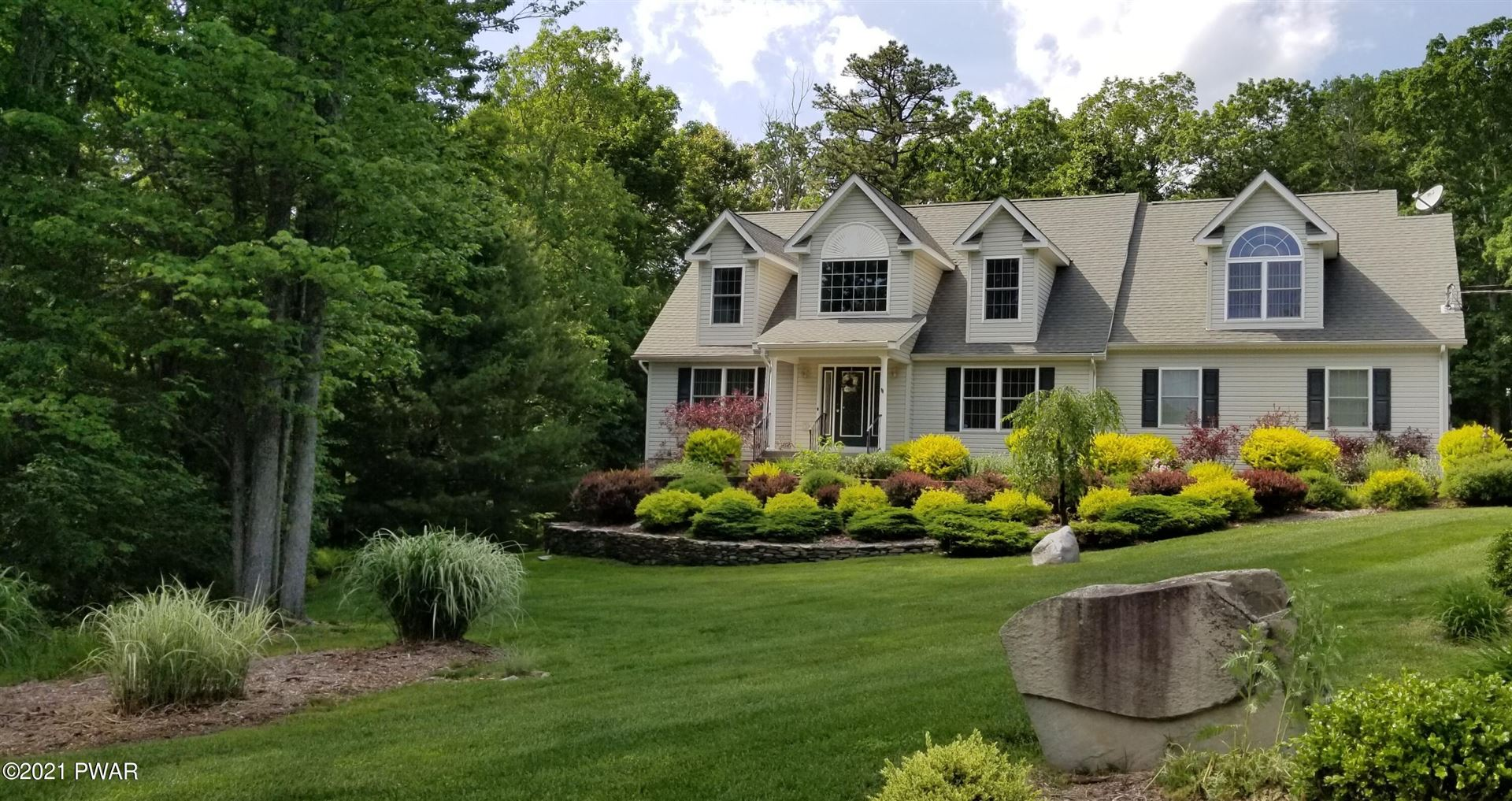 Photo of 124 Congress Rd, Milford, PA 18337 (MLS # 21-2127)