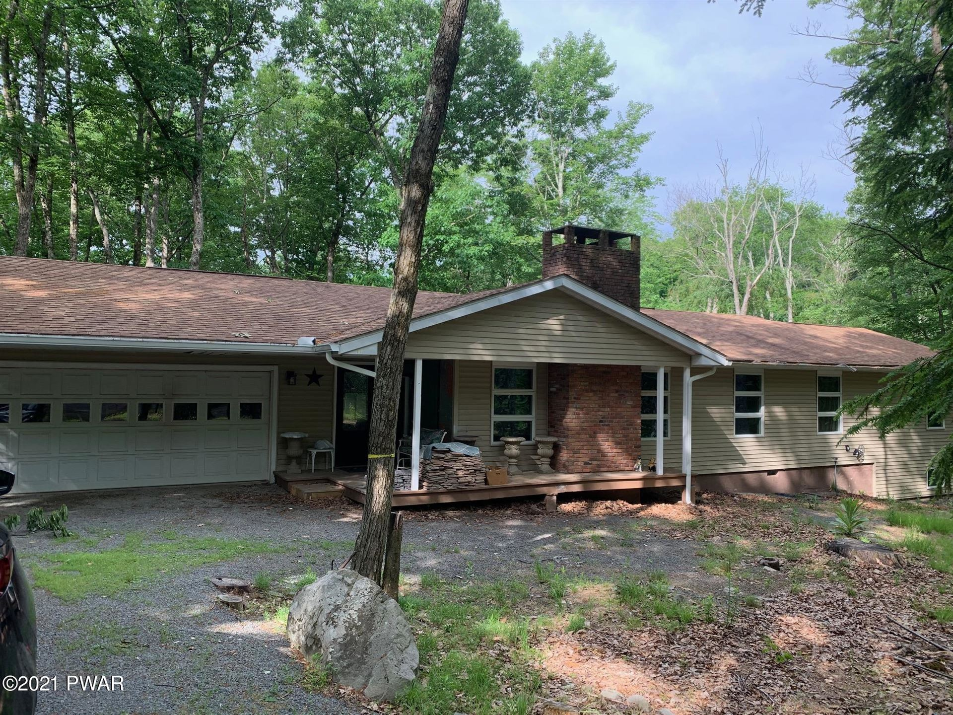 Photo of 803 Burning Tree Ct, Lords Valley, PA 18428 (MLS # 21-2167)