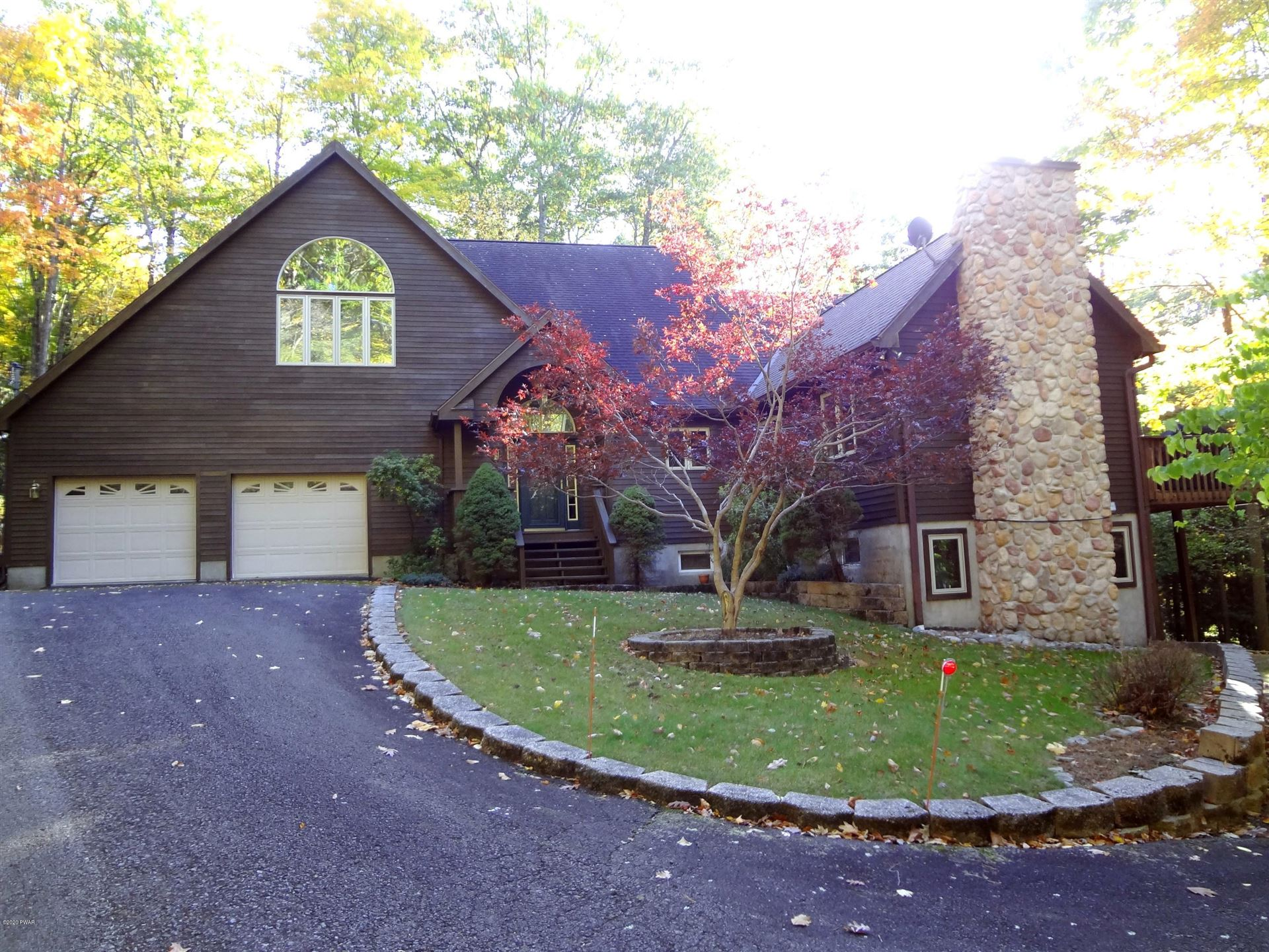 Photo of 147 N Evergreen Dr, Greentown, PA 18426 (MLS # 20-4210)