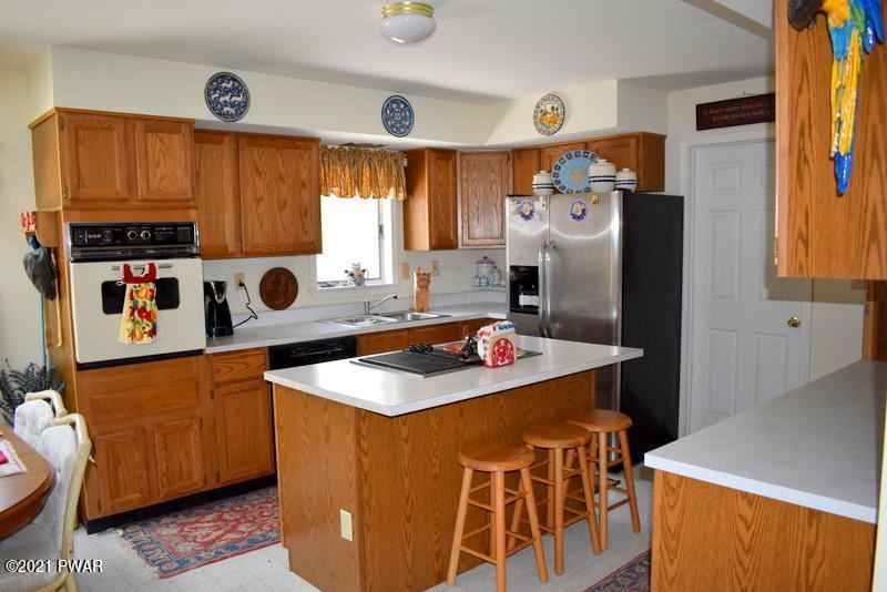 Photo of 261 Air Park Rd, Honesdale, PA 18431 (MLS # 21-235)