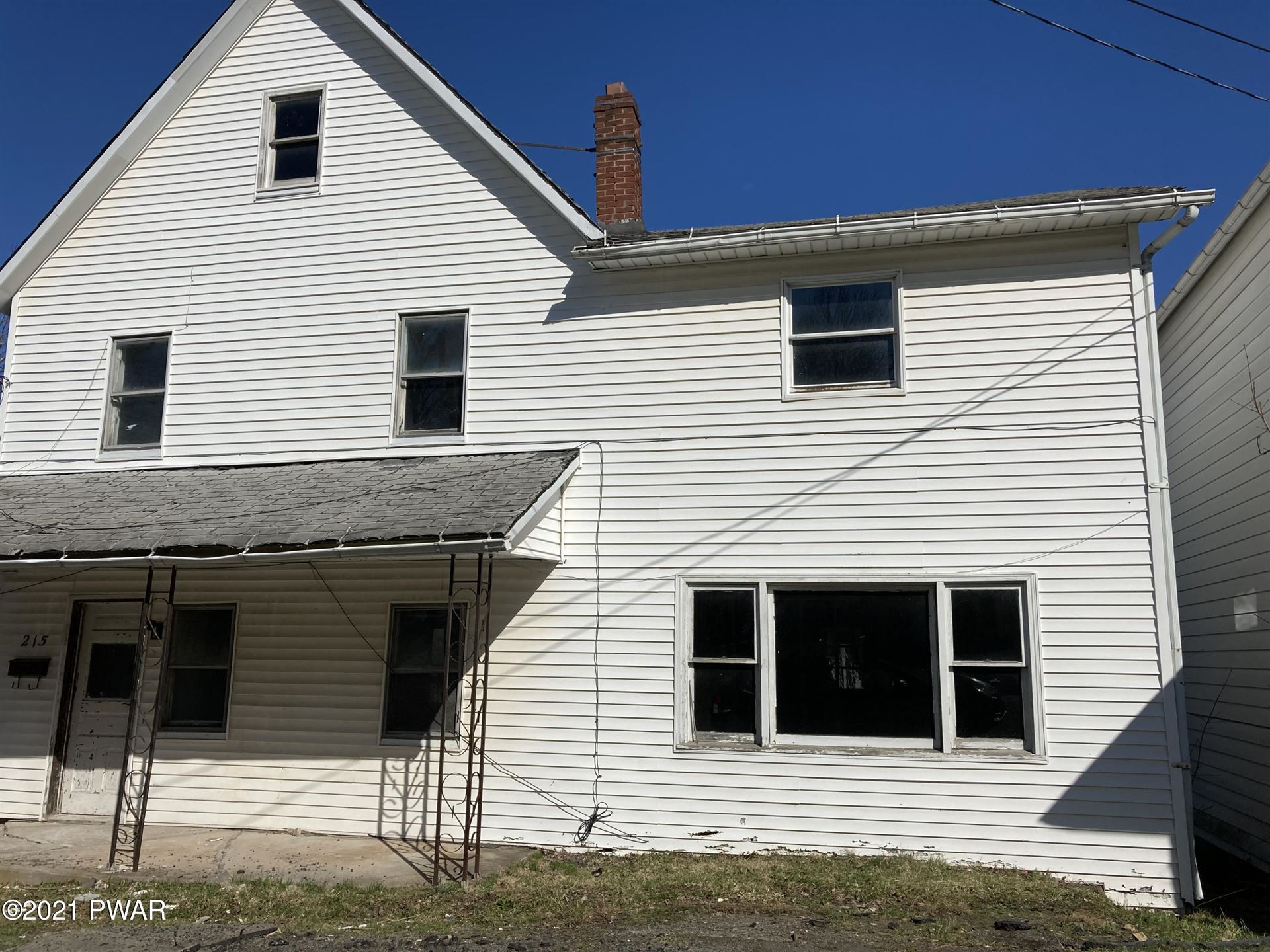 Photo of 215 Green St, Honesdale, PA 18431 (MLS # 21-276)