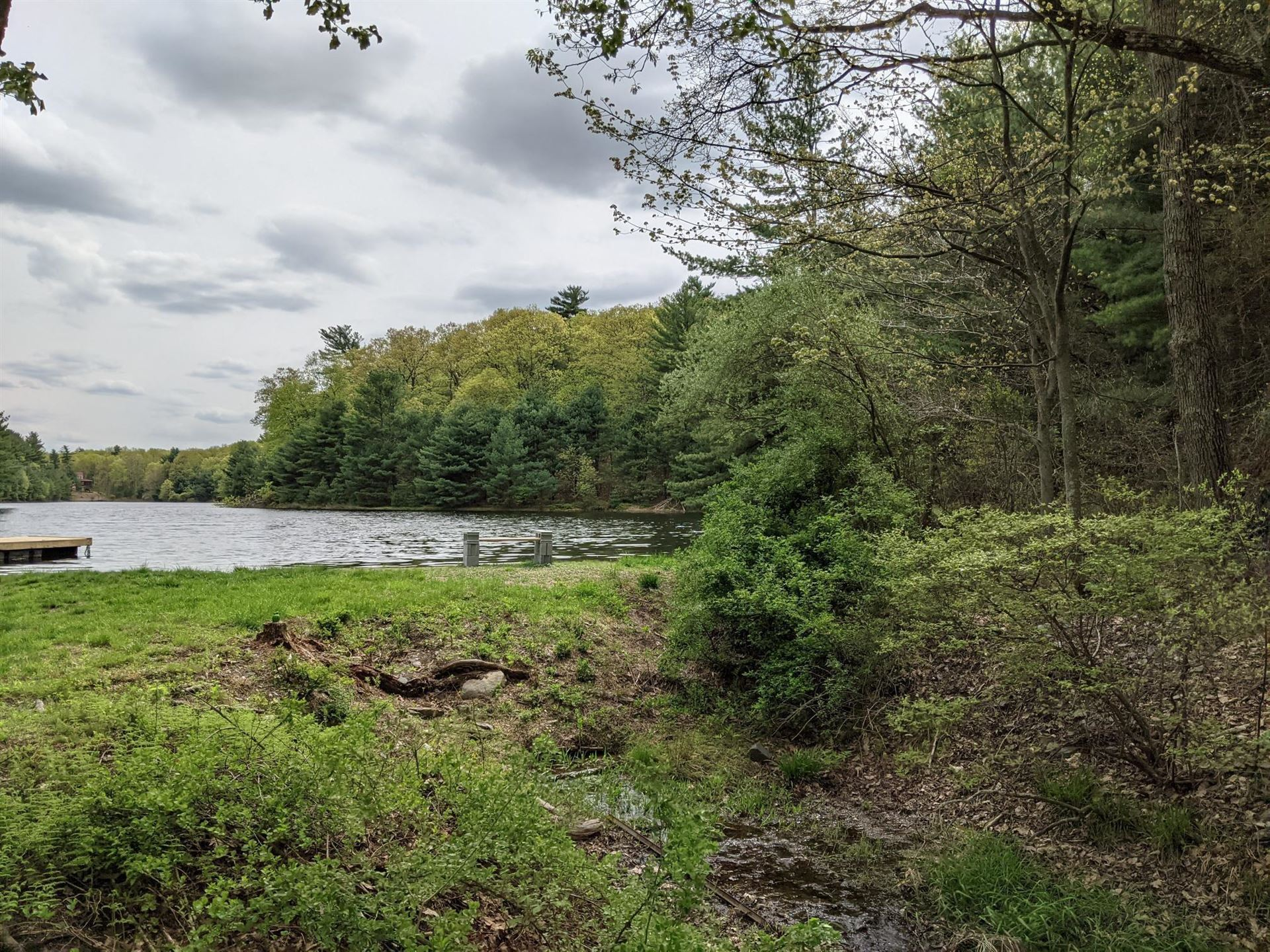 Photo of High LOT 115 Ct, Dingmans Ferry, PA 18328 (MLS # 21-357)
