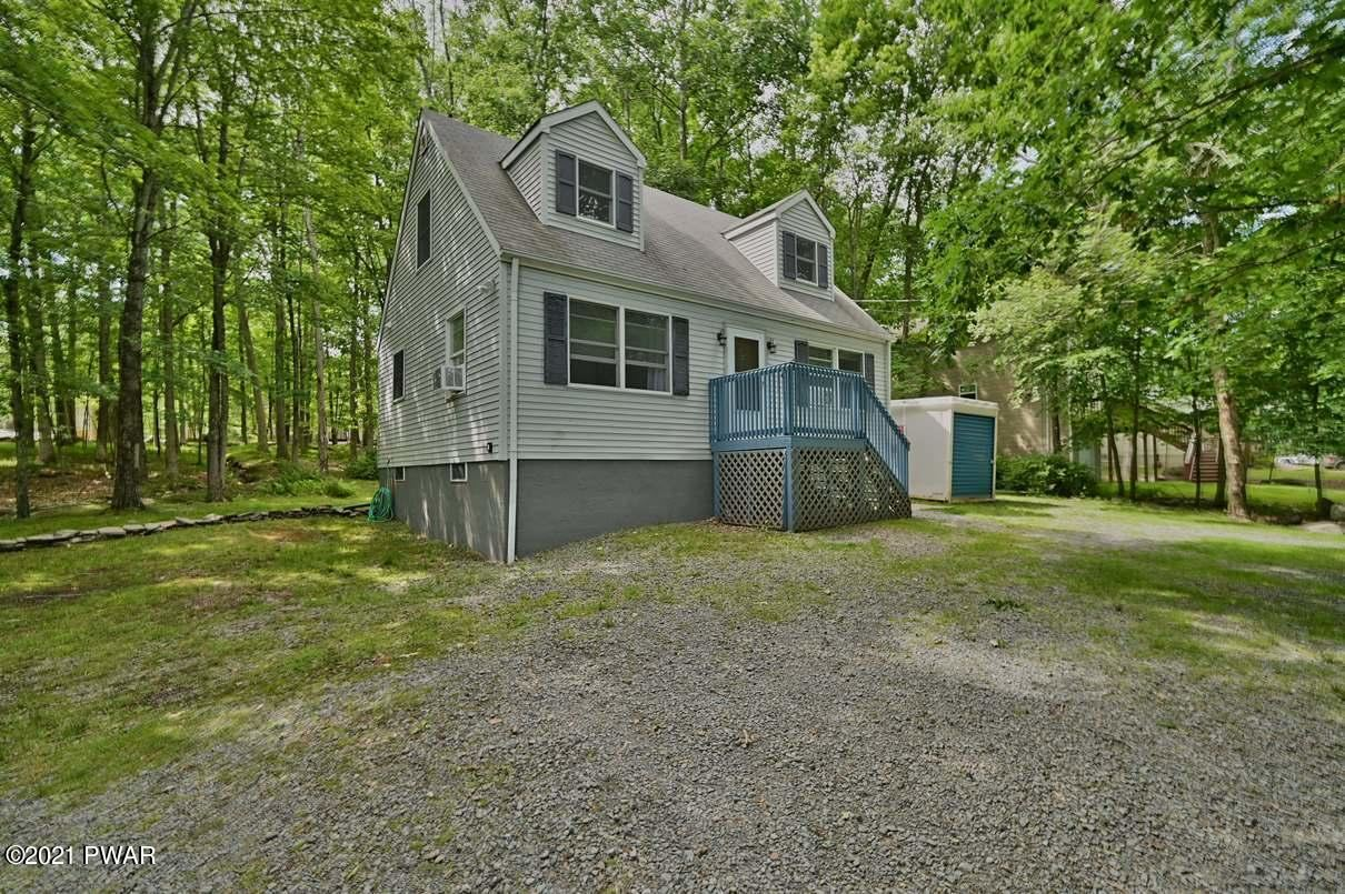 Photo of 261 Upper Independence Dr, Lackawaxen, PA 18435 (MLS # 21-2358)