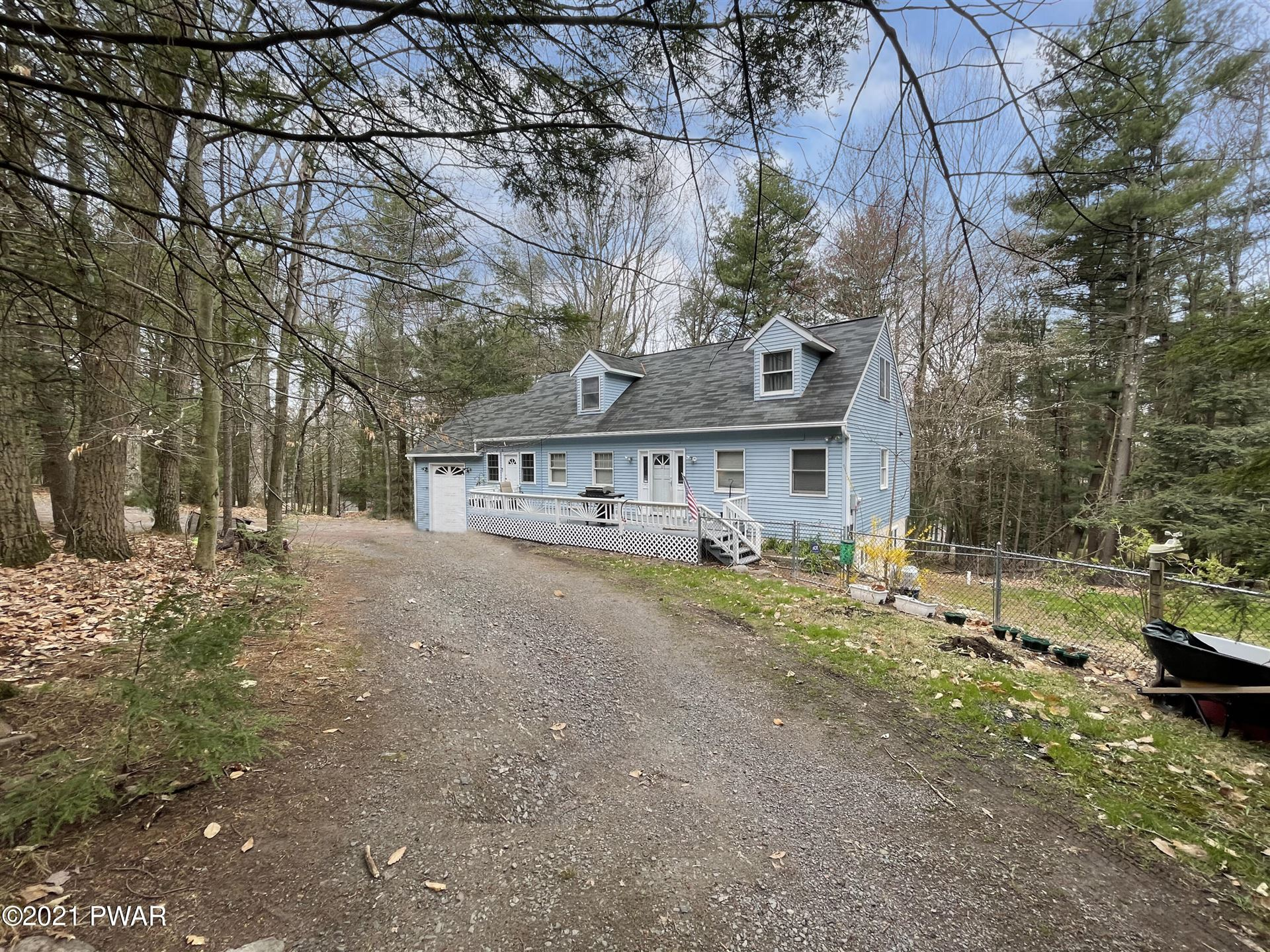 Photo of 123 Paupack Heights Dr, Paupack, PA 18451 (MLS # 21-412)
