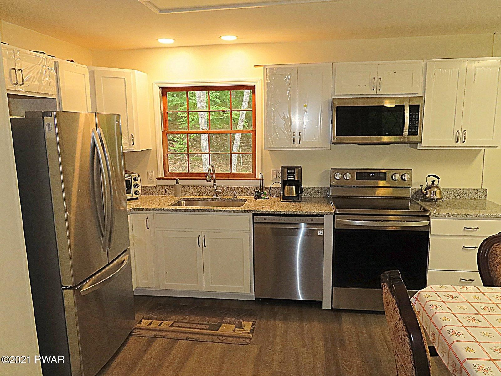Photo of 109 Heavenly Valley Dr, Tafton, PA 18464 (MLS # 21-2417)