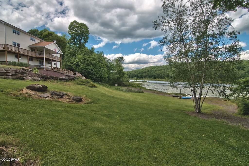 Photo of 573 Niagara Dr, Pleasant Mount, PA 18453 (MLS # 21-474)