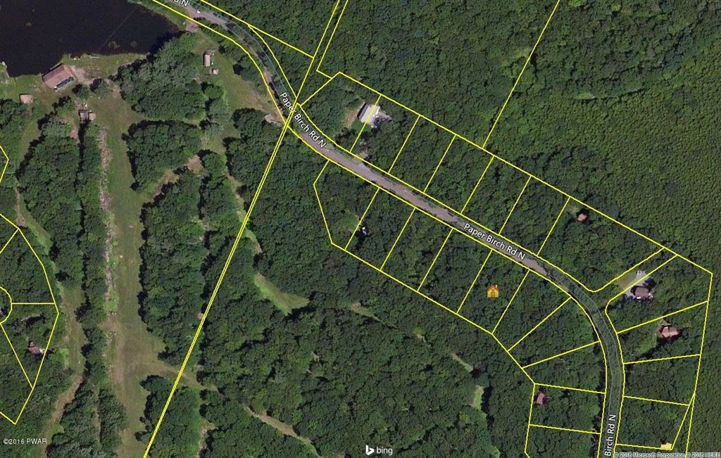 Photo of 530 Paper Birch North, Tafton, PA 18464 (MLS # 18-4528)