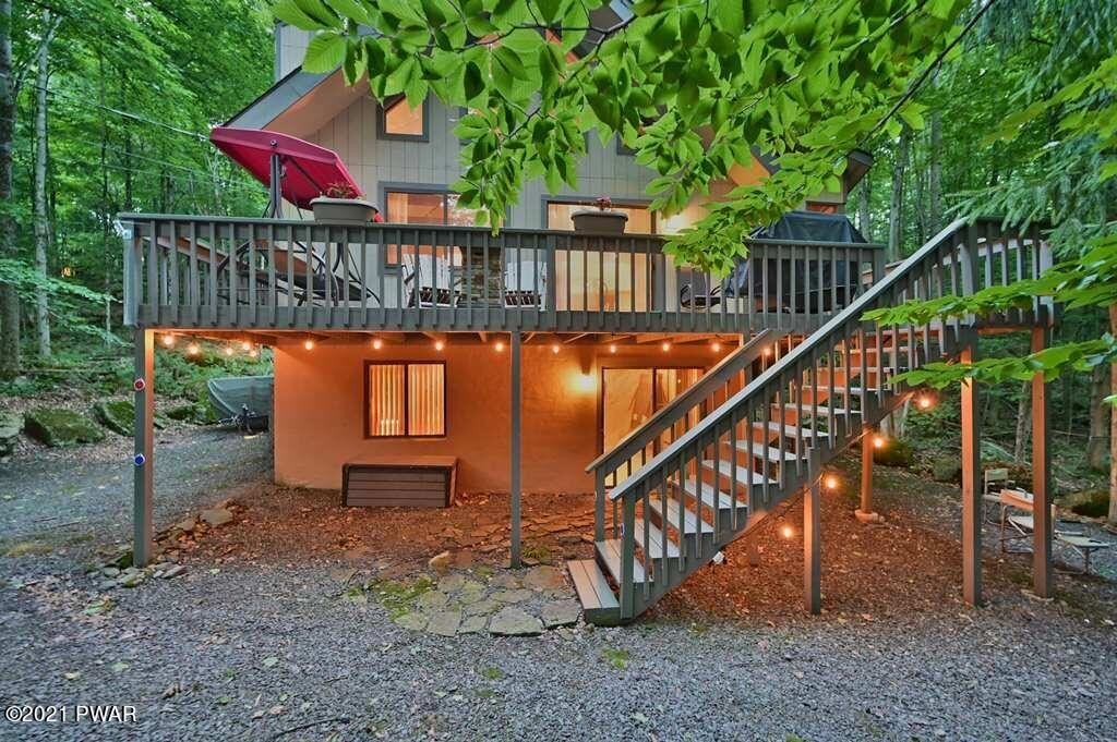 Photo of 89 Chestnuthill Dr, Lake Ariel, PA 18436 (MLS # 21-2618)