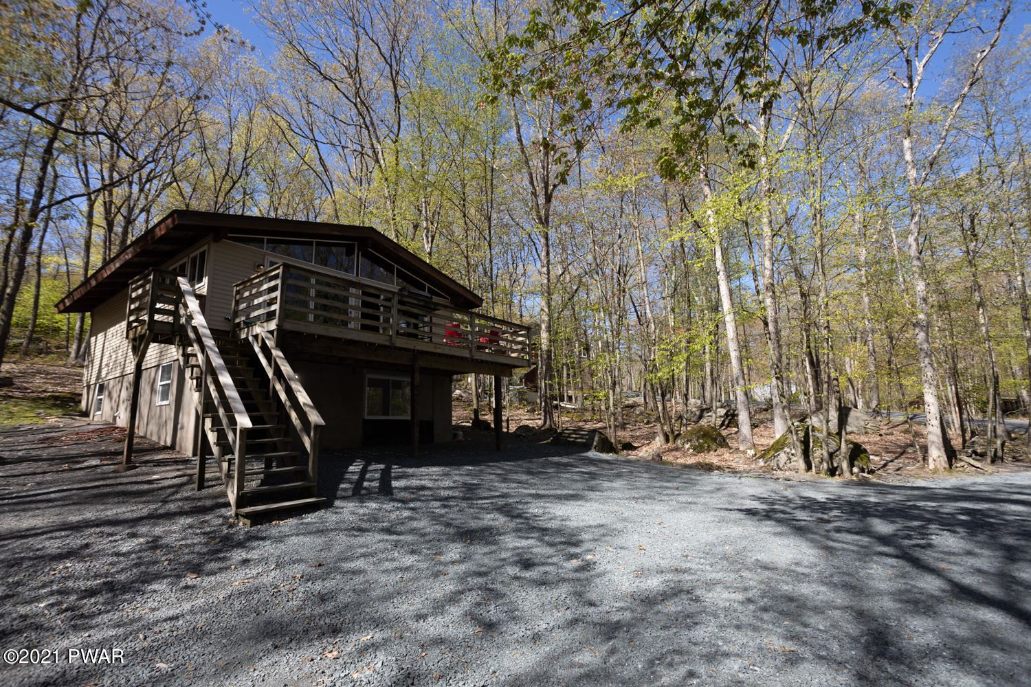 Photo of 223 Basswood Dr, Hawley, PA 18428 (MLS # 21-1633)