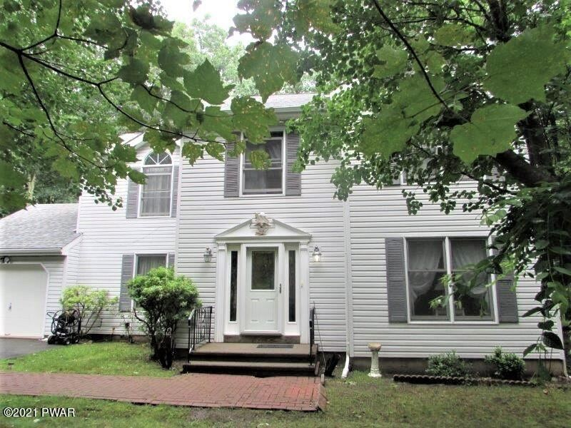 Photo of 116 Surrey Ln, Lords Valley, PA 18428 (MLS # 21-2677)