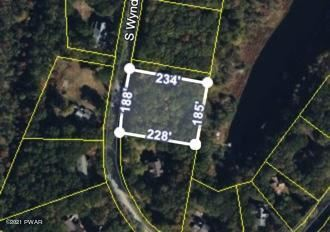 Photo of S Wynd Dr, Milford, PA 18337 (MLS # 21-2705)