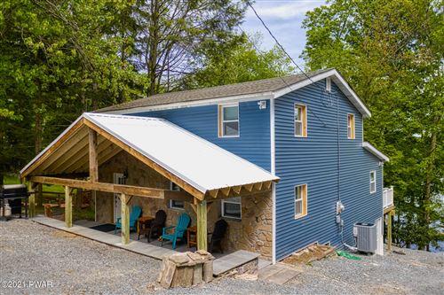 Photo of 390 Lakeshore Dr, Lakeville, PA 18438 (MLS # 21-762)
