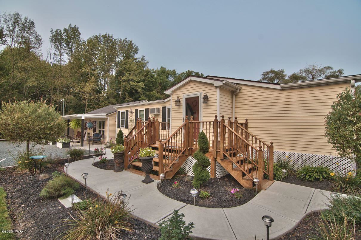 Photo of 1148 Golf Park Dr, Lake Ariel, PA 18436 (MLS # 20-3790)