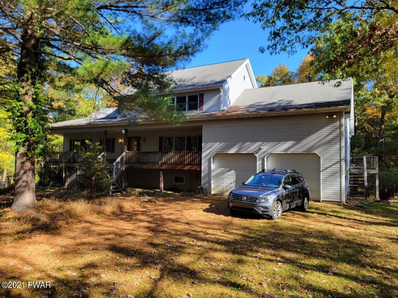 Photo of 174 Neil Thompson Rd, Lackawaxen, PA 18435 (MLS # 20-1863)