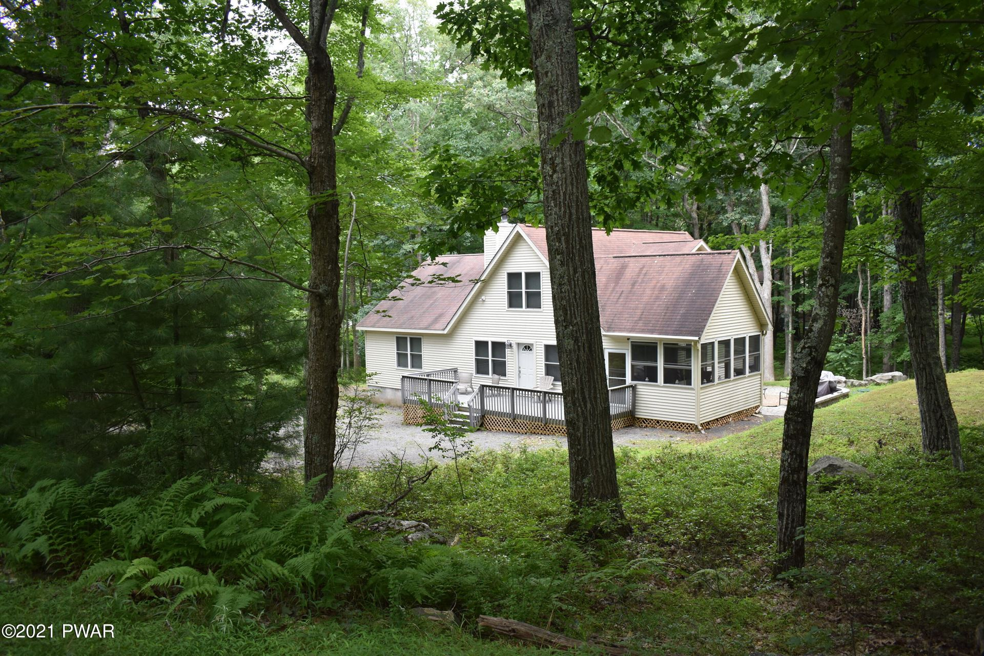Photo of 801 Canyon Court, Lords Valley, PA 18428 (MLS # 21-2883)