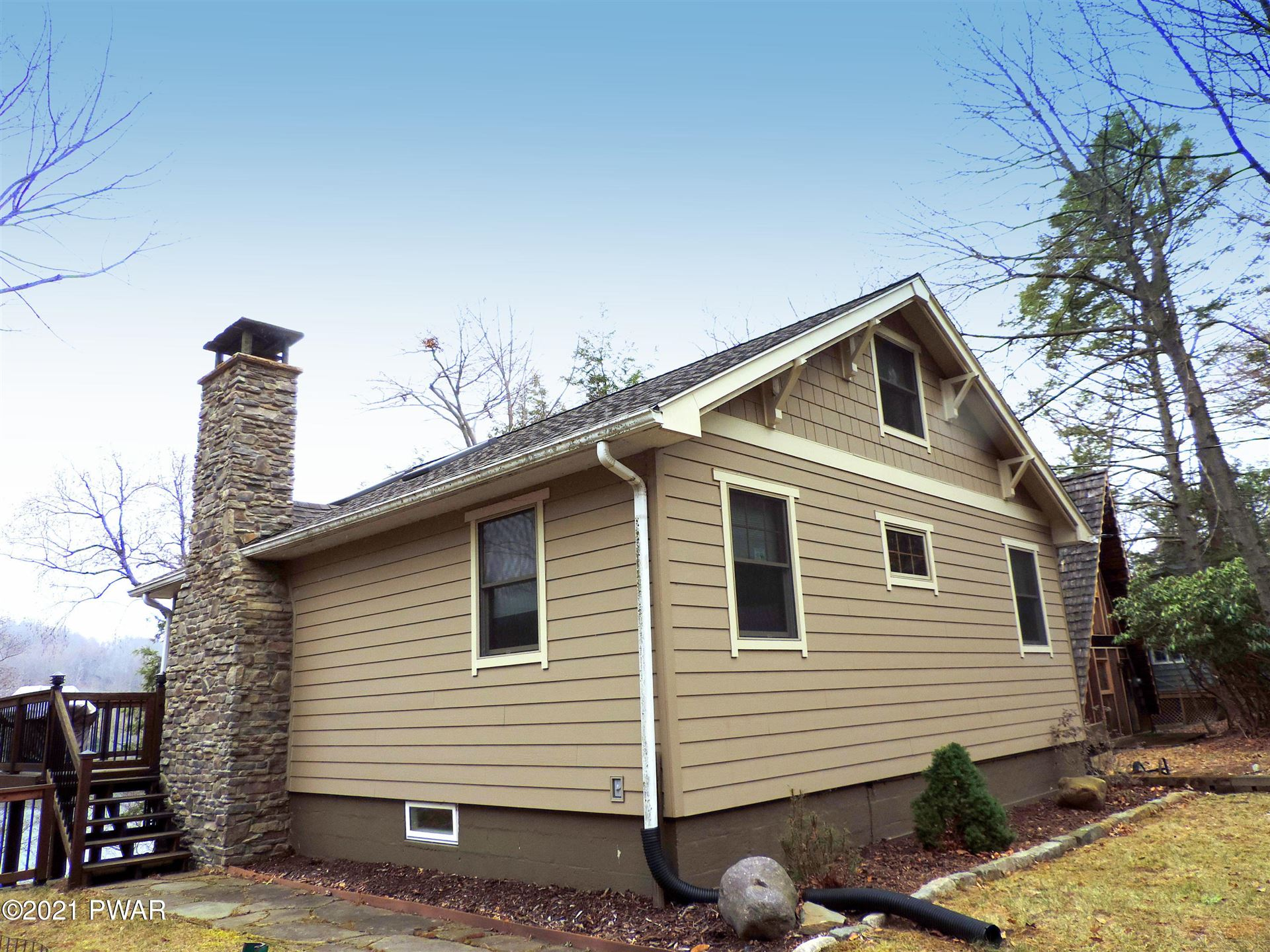 Photo of 210 Lennon Rd, Greentown, PA 18426 (MLS # 21-892)