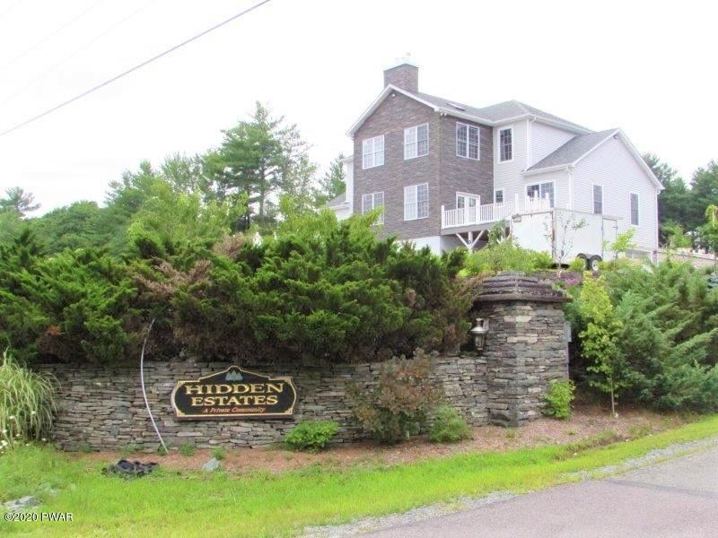 Photo of 102 Vallone Way, Lords Valley, PA 18428 (MLS # 20-2939)
