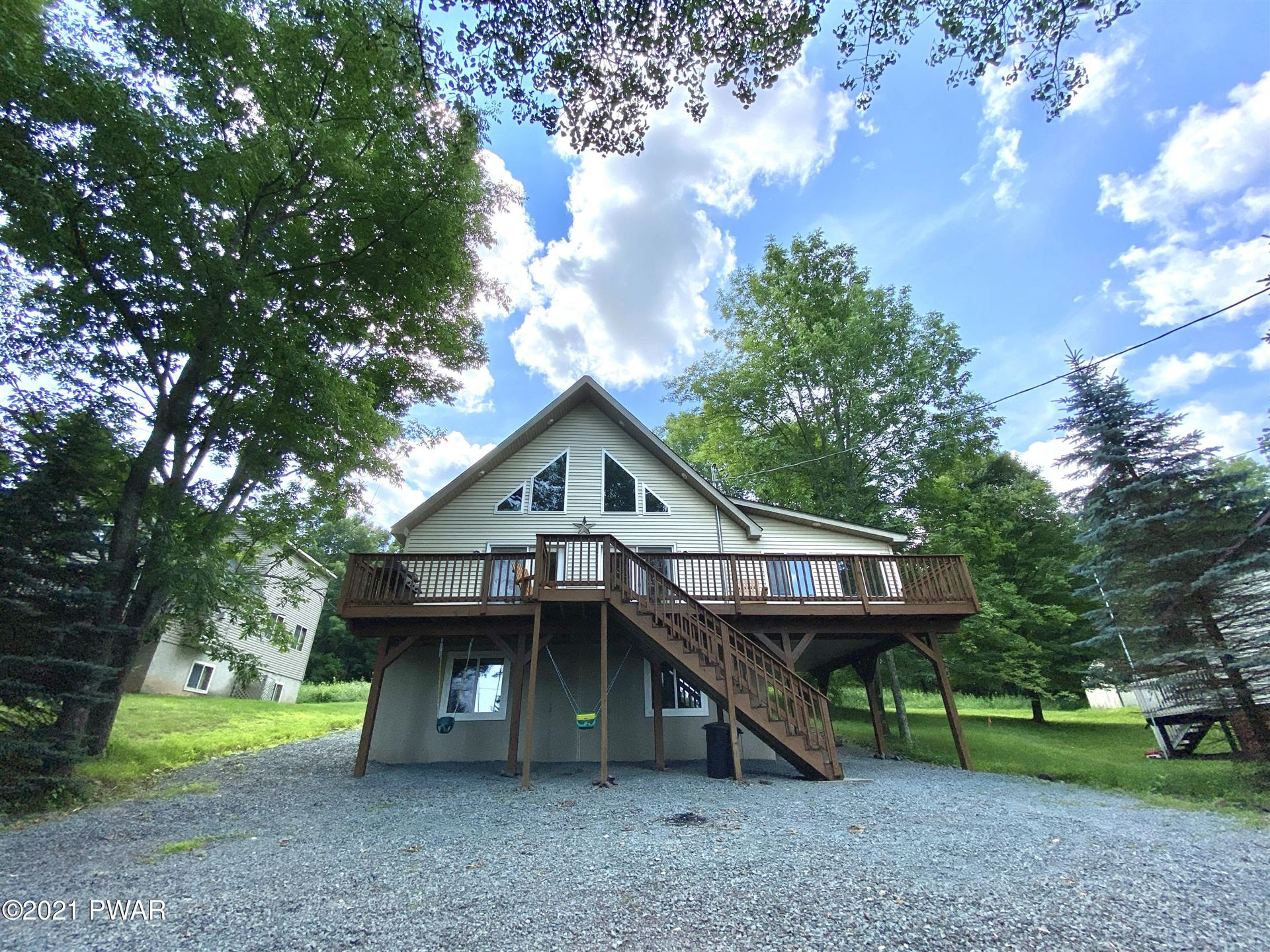 Photo of 983 Brentwood Dr, Lake Ariel, PA 18436 (MLS # 21-2947)