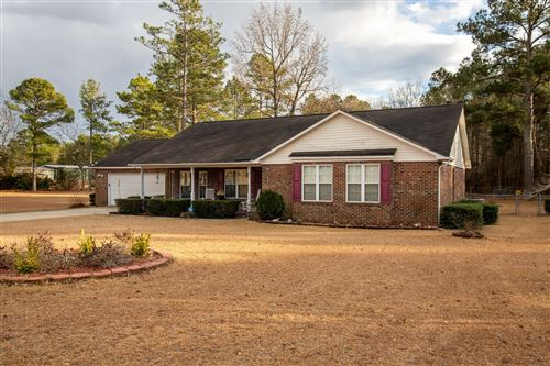 Photo of 268 Pinehaven Drive, Raeford, NC 28376 (MLS # 204050)