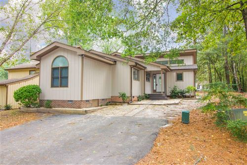 Photo of 436 Windy Beach, Sanford, NC 27332 (MLS # 203103)