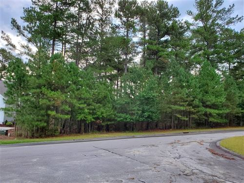 Photo of 210 Finch Gate Drive, West End, NC 27376 (MLS # 208136)