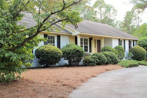 Photo of 315 Stoneyfield Drive, Southern Pines, NC 28387 (MLS # 202352)