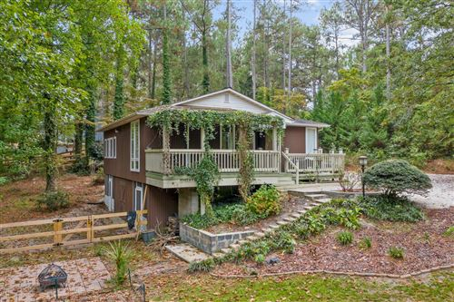 Photo of 184 Lakeview Drive, Southern Pines, NC 28387 (MLS # 208457)