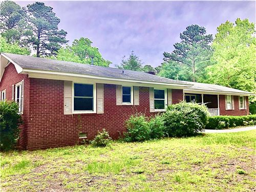 Photo of 247 Woodrow Lane, Raeford, NC 28376 (MLS # 200466)