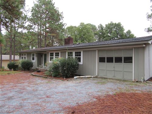 Photo of 17 Highland Drive, Whispering Pines, NC 28327 (MLS # 202476)