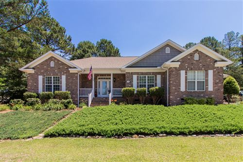 Photo of 20 Lavender Drive, Whispering Pines, NC 28327 (MLS # 200541)
