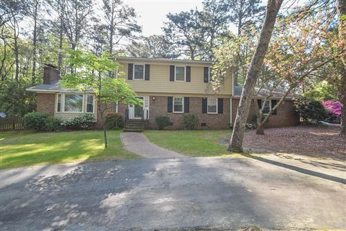 Photo of 715 Barber Road, Southern Pines, NC 28387 (MLS # 205553)