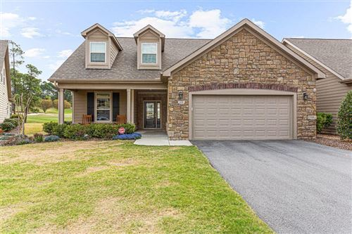 Photo of 118 E Chelsea Court, Southern Pines, NC 28387 (MLS # 205562)