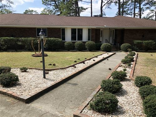 Photo of 8 W Quail Lake Road, Pinehurst, NC 28374 (MLS # 199670)