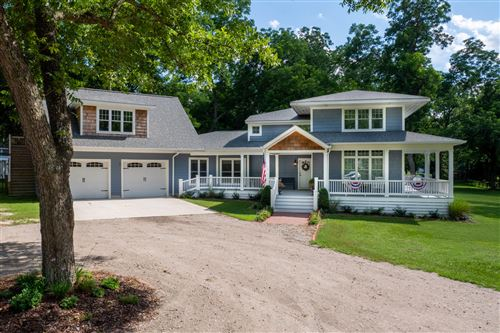 Photo of 675 Valley View Road, Southern Pines, NC 28387 (MLS # 205786)