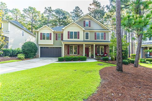 Photo of 6 Bay Hill Court, Southern Pines, NC 28387 (MLS # 207837)