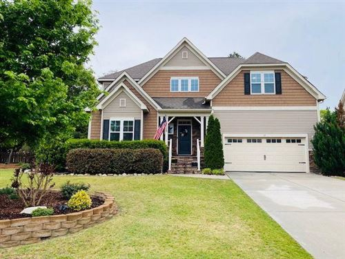 Photo of 19 Victoria Drive, Whispering Pines, NC 28327 (MLS # 205867)