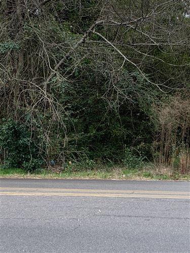 Photo of 476 Yadkin Road, Southern Pines, NC 28387 (MLS # 198897)